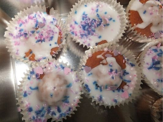 Fairy cakes are fun to cook with kids!