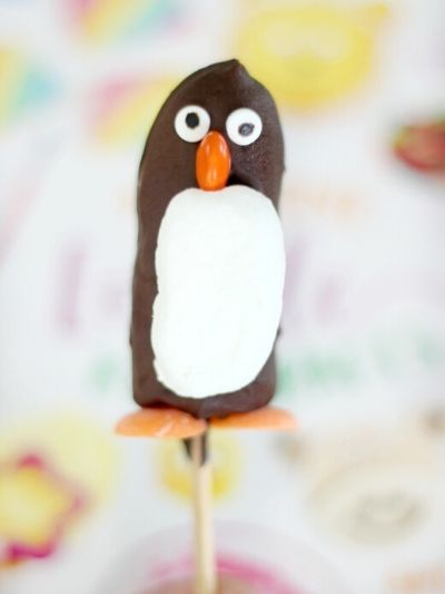 Frozen banana penguins are a great edible craft